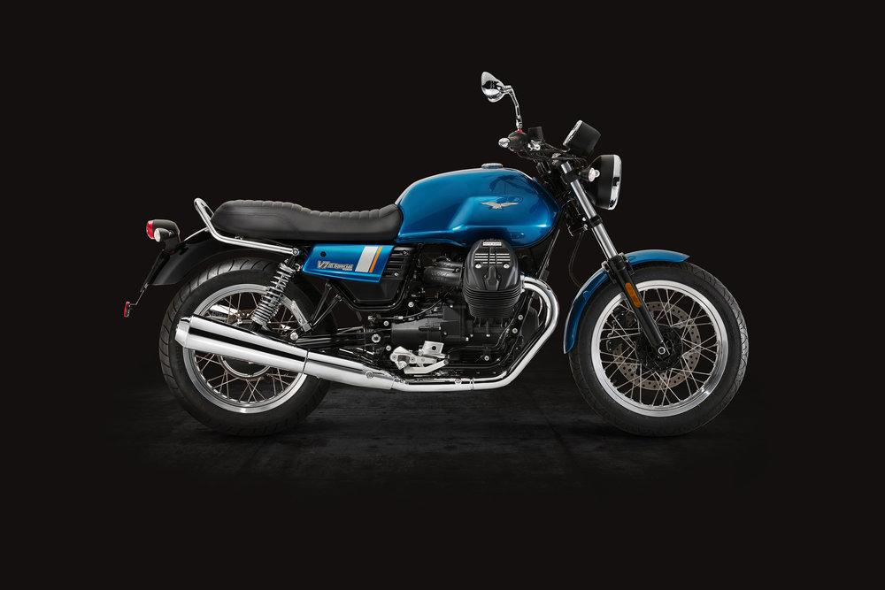 Moto Guzzi V7III Special (2).jpg