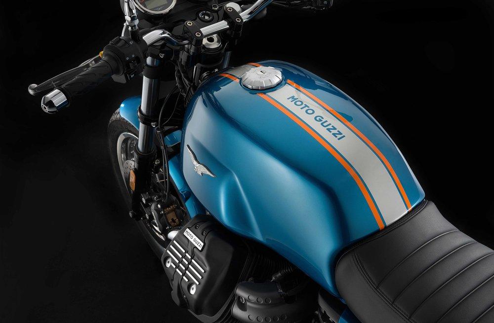 Moto Guzzi V7III Special (8).jpg