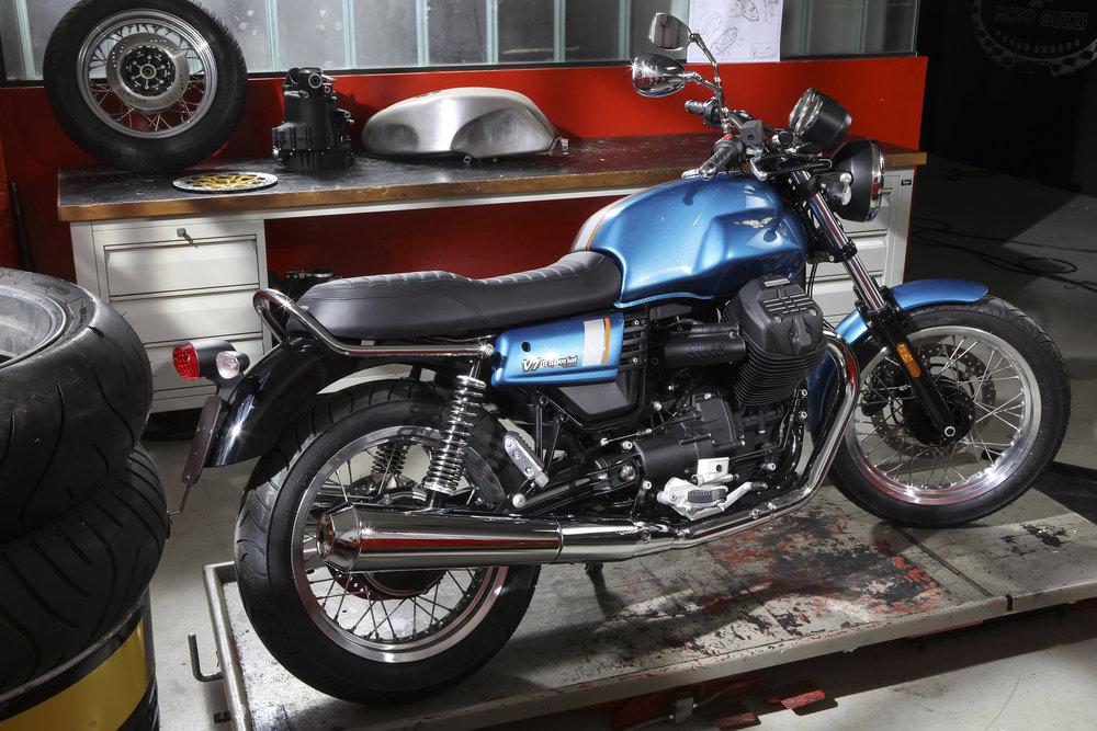 23 V7 III Special.jpg