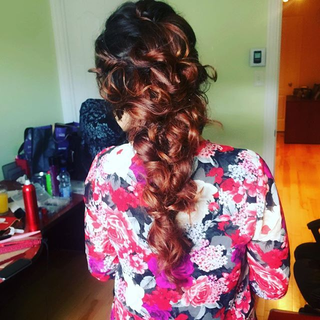 #hair #hairtrial #bride #weddingsbridal #hairstyles #bridalhair #hairstylist #montreal #mtl #514 #beauty #love #stunningbridetobe #bridetobe #mobilebeautyteam #beautyteam #stunning #love #blush #blushbride #blushbridebeauty #hair by @dia.mak
