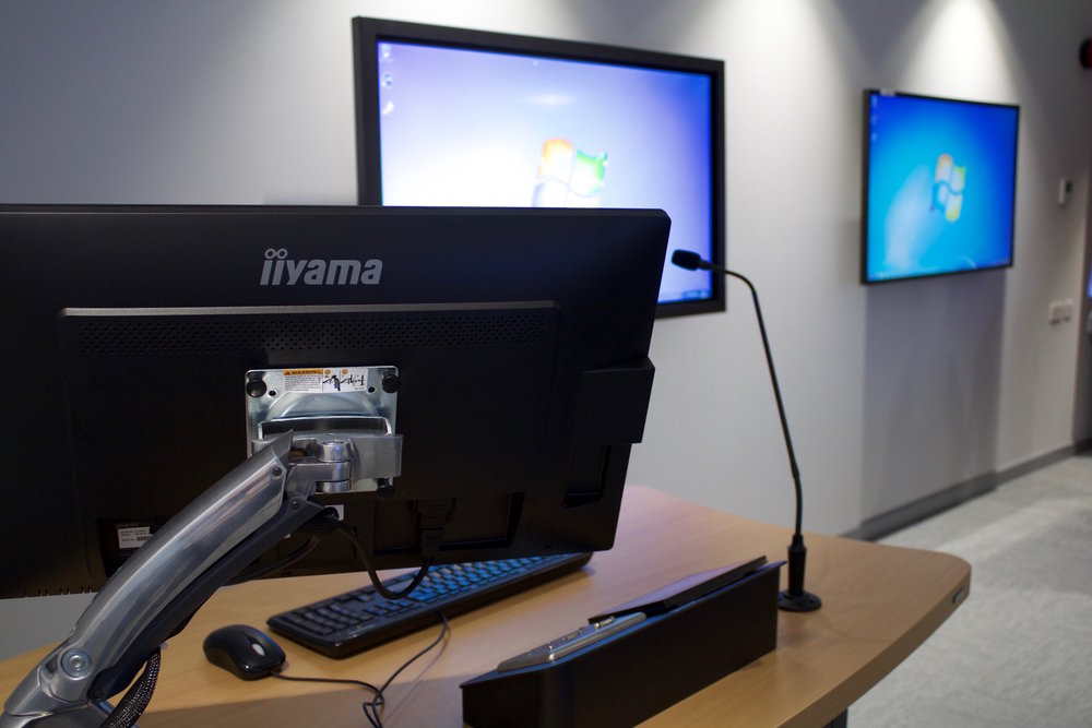 university of portsmouth business simulation suite 8.jpg