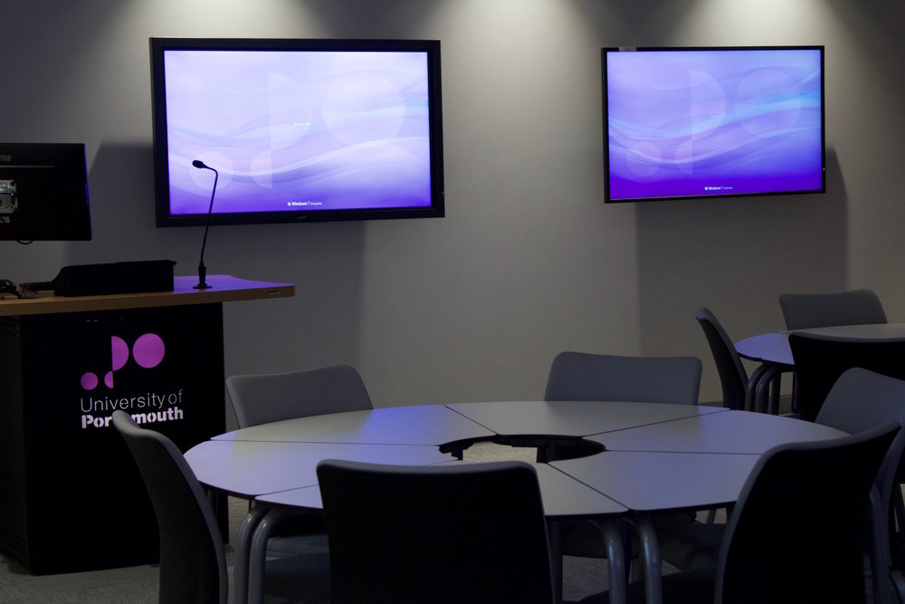university of portsmouth business simulation suite 13.jpg