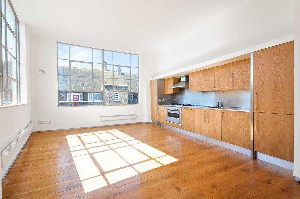 Tiptoe_carpentry_flooring