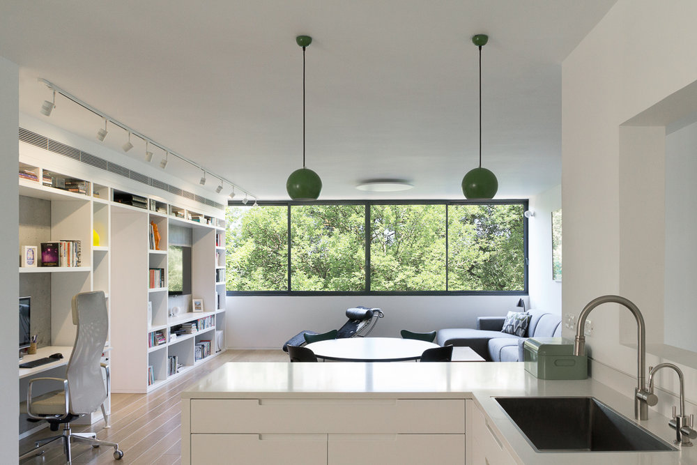 GR Apartment Type: Residential Location: Tel Aviv Size: 124 Sqm