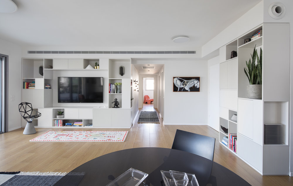 YH Apartment  Type: Residential  Location: Tel Aviv  Size: 140 Sqm