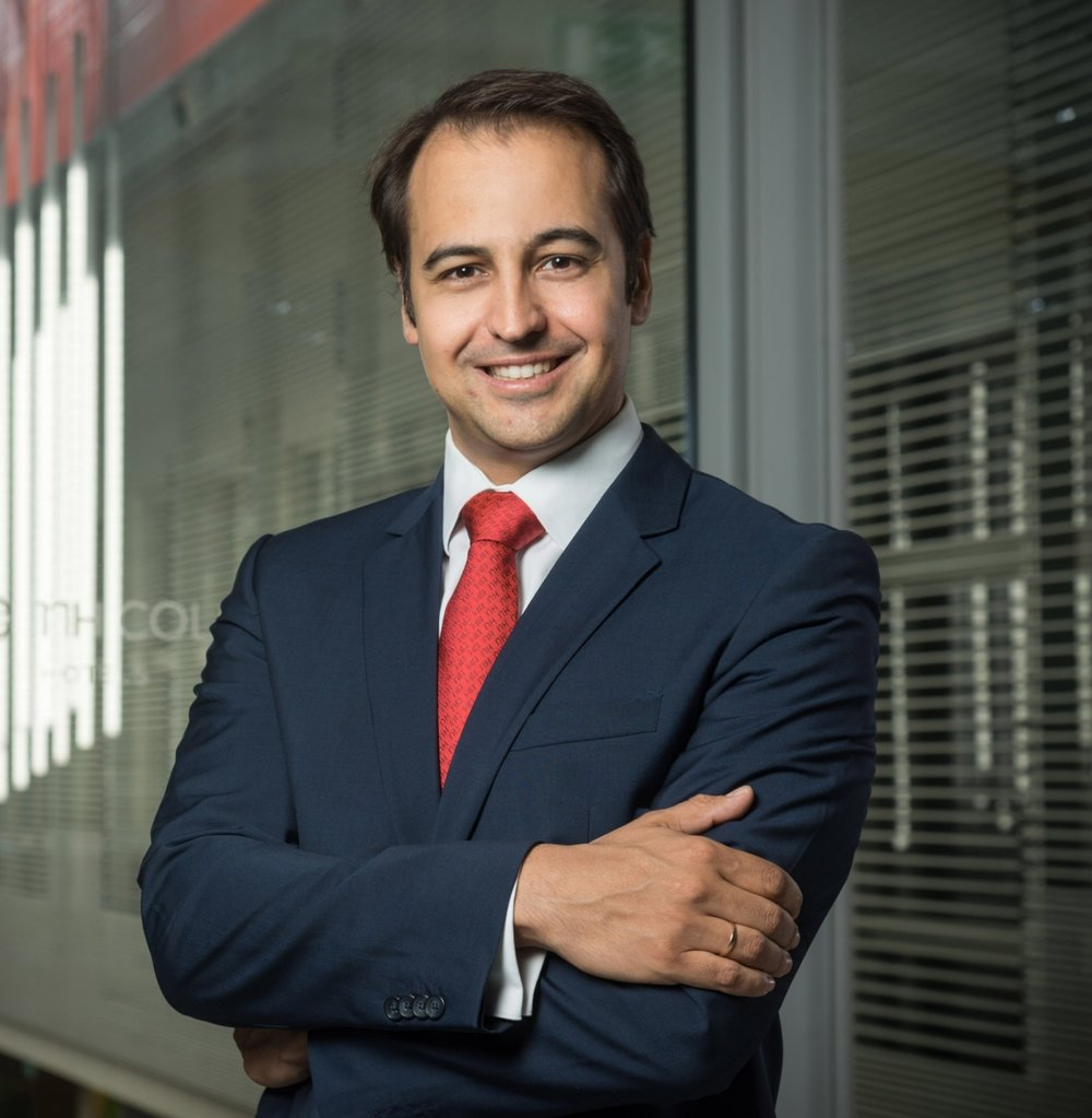 "FERNANDO VIVES    Chief Commercial Officer, NH Hotel Group   Fernando is Chief Commercial Officer of the NH Hotel Group and has been a member of the Management Committee at NH Hotel Group since July 2016. Previously Fernando was Senior Vice President Commercial Strategy & Pricing.  Passionate about Revenue Management, commercial practices and distribution, Fernando's vast experience has been gained through working for  international hospitality companies such as Melia Hotels International, Hesperia, The Ritz and Le Meridien.  Fernando co-founded the Revenue Management & Distribution firm Xotels (2006) and is the founder of the Master's Degree ""Expert on Revenue Management"" at Universidad Rey Juan Carlos in Madrid (2009)."