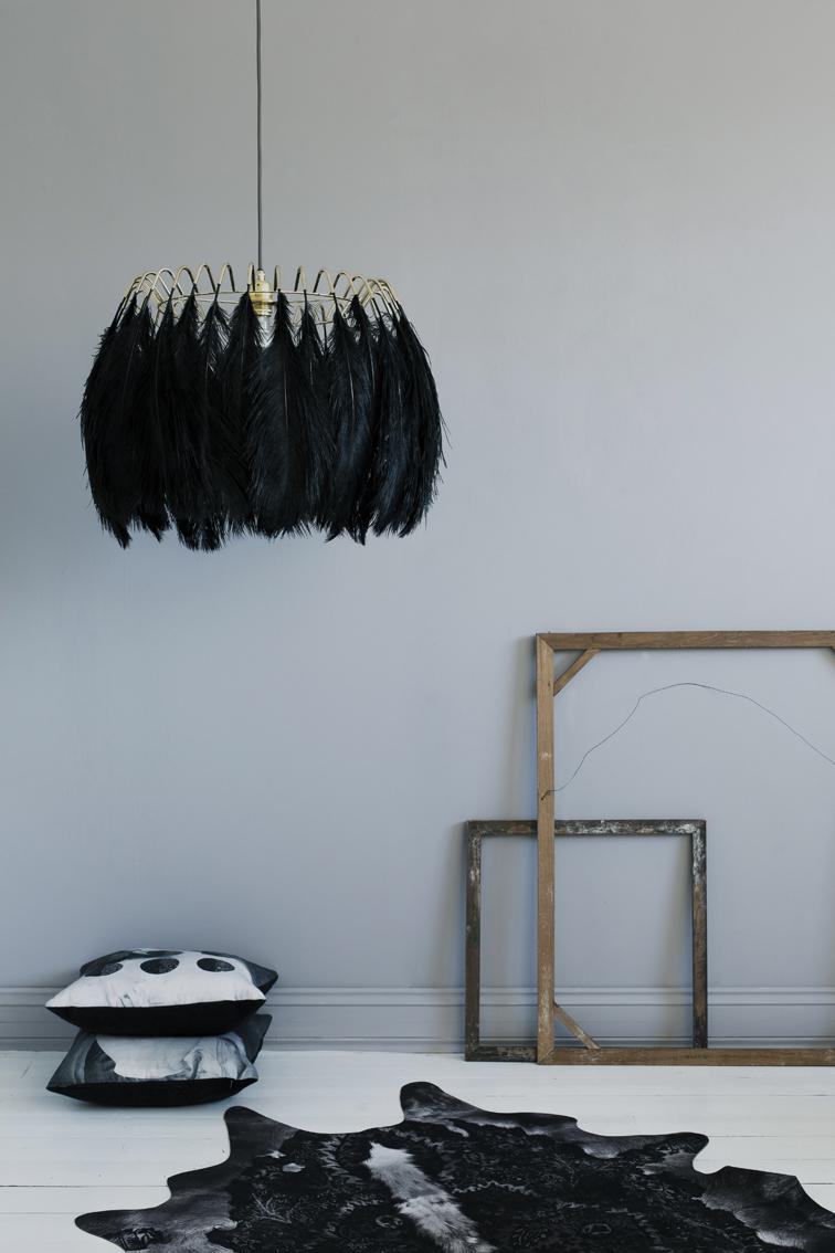 feather_pendant_lamp_black72ppi__22846.jpg