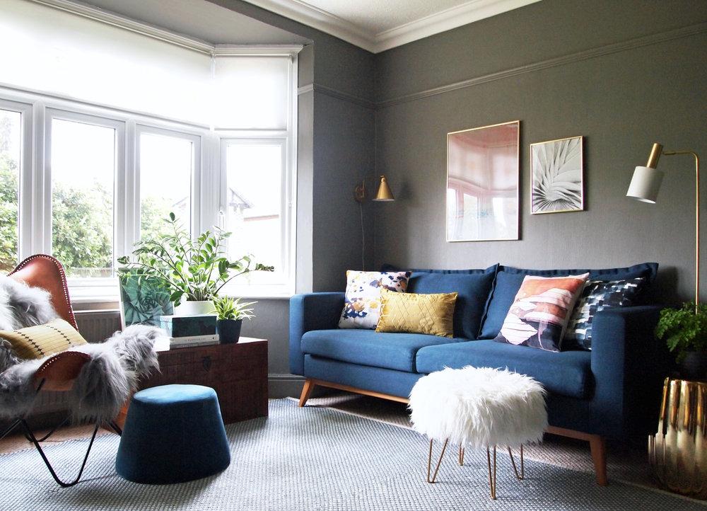 Living room - copyright Meera Pendred 2017 (4).jpg