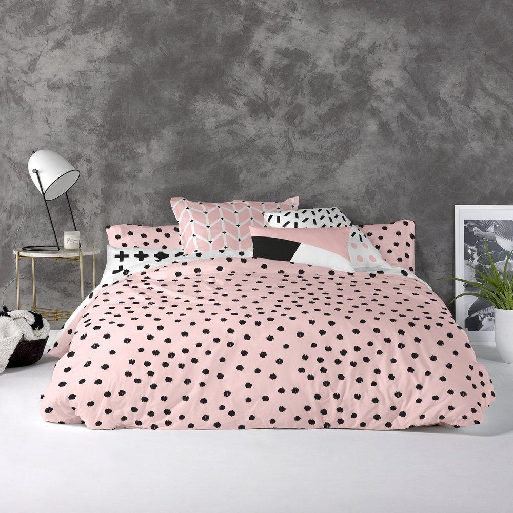 30003761_01_Blanc-Blush-Spots-Bedding-Set.jpg