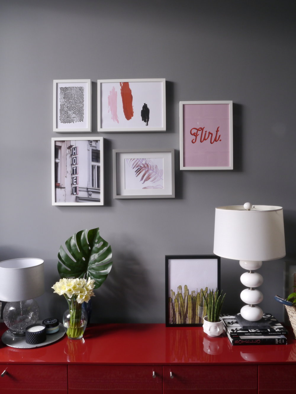 Liznylon_bedroom_gallerywall_pink_and_grey.JPG