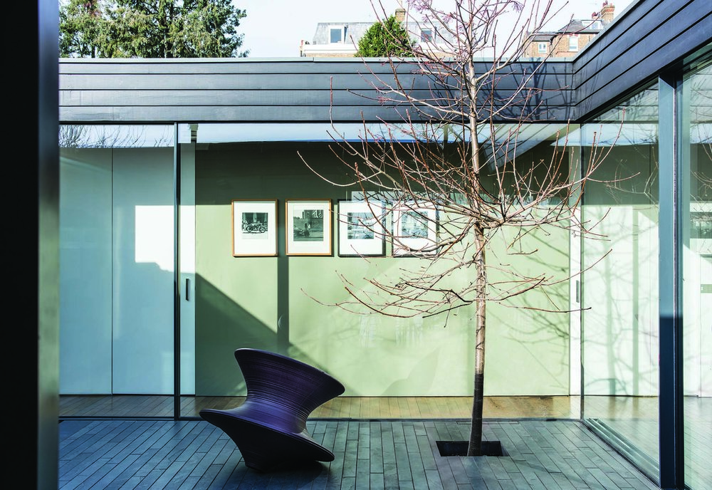Treron No292 (Modern) Landscape LR.jpg