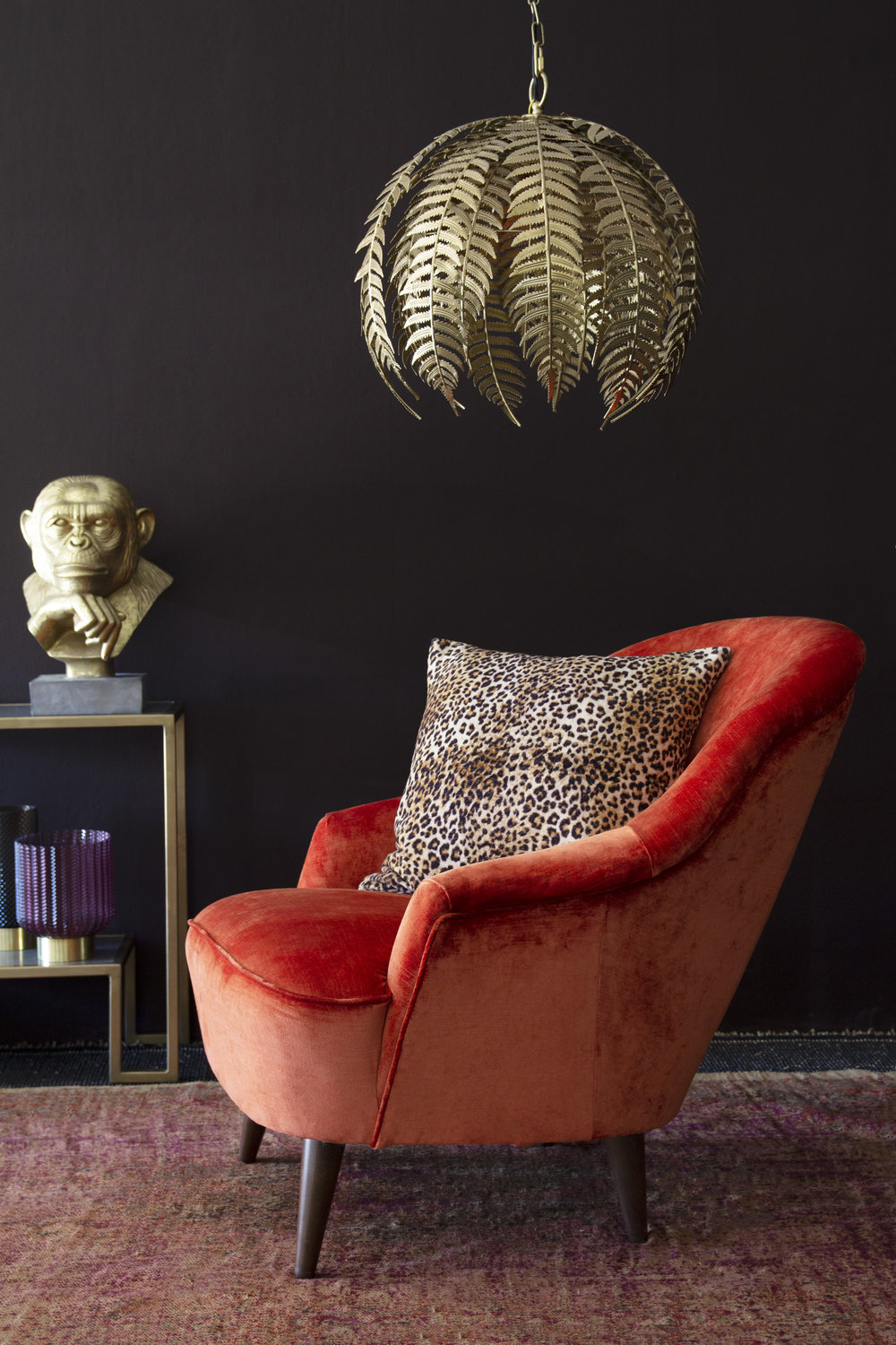 Autumn-winter collections: mixing styles in natural textures
