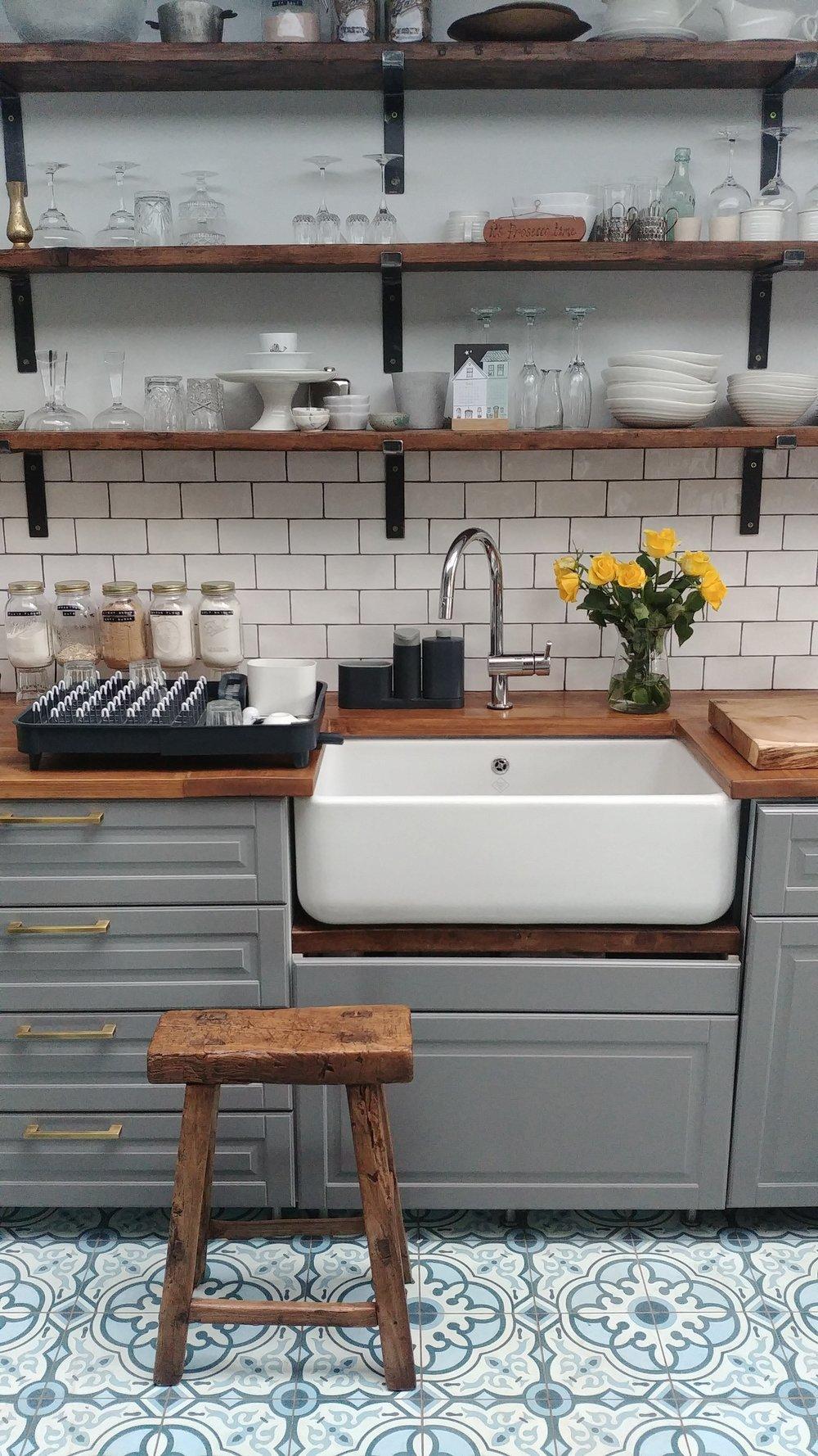 STN-Kitchen-Renovation-Salvaged-Scaffold.jpg