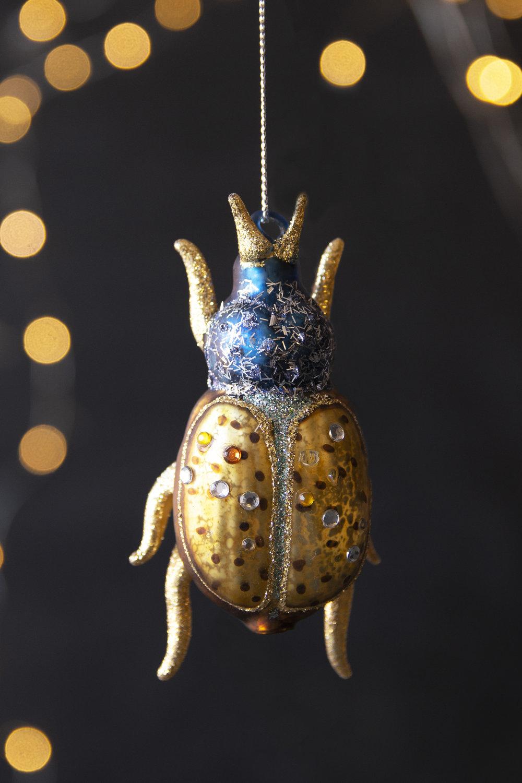 rockettstgeorge_christmas_decoration_beetle1_lifestyle_highres.jpg