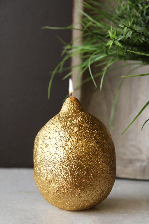 rockettstgeorge_Fabulous Gold Lemon Candle_lifestyle_highres.jpg