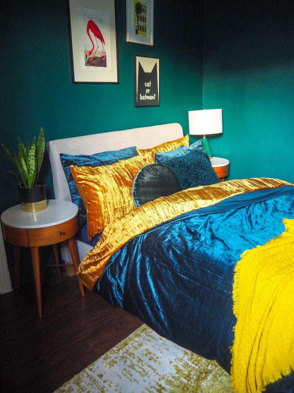 green guest room copy.jpg