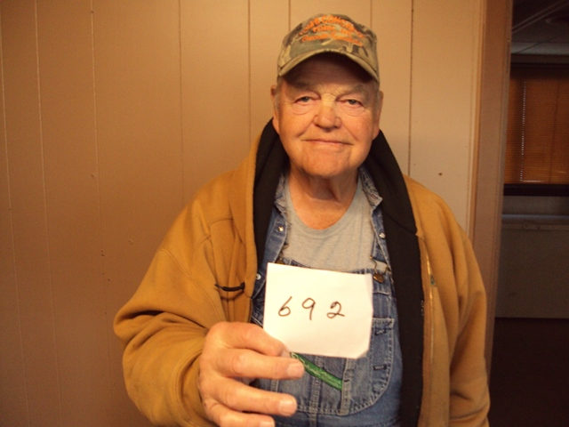 Arnie Levin of Akaska, SD drew the winning number this Monday morning at the Akaska Bait Shop, Bar & Grill. Arne drew the number for Bill Bennis of Glenham, SD. Bill wins a Remiongton 870 Shotgun.  CONGRATULATIONS BILL.