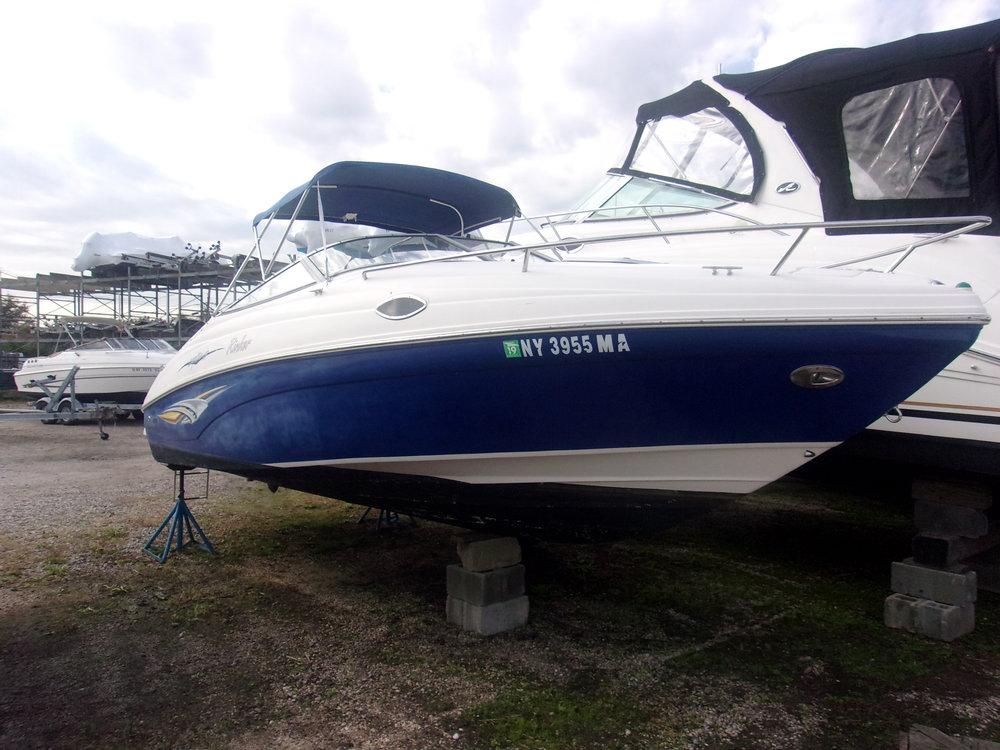 2005 Rinker 232 Captiva  $18,500