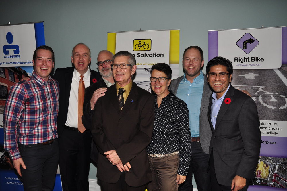 (Left to Right) Mathieu Fleury, Rob Paterson, Jeff Leiper, Don Palmer, Catherine McKenney, Doug Pawson, Hon. Yasir Naqvi