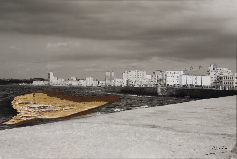Malecón, de la serie Peregrinaje (Malecon, from the series Pilgrimage), 2009. Acrylic and gold leaf on wood, black-and-white photograph. 19 1/2 x 29 x 1 1/2 in.