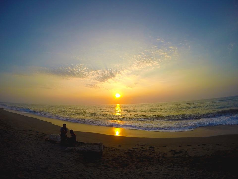 sunset-2581873_960_720.jpg