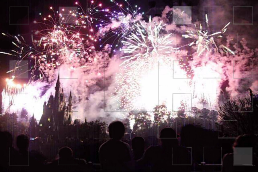 castlefireworksshow_small.jpg