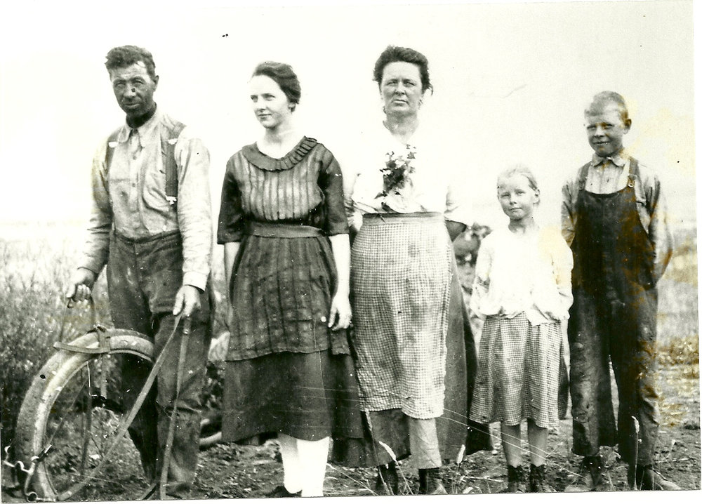 07 Great Grandmother and Great Great Grandparents Dahl .jpg