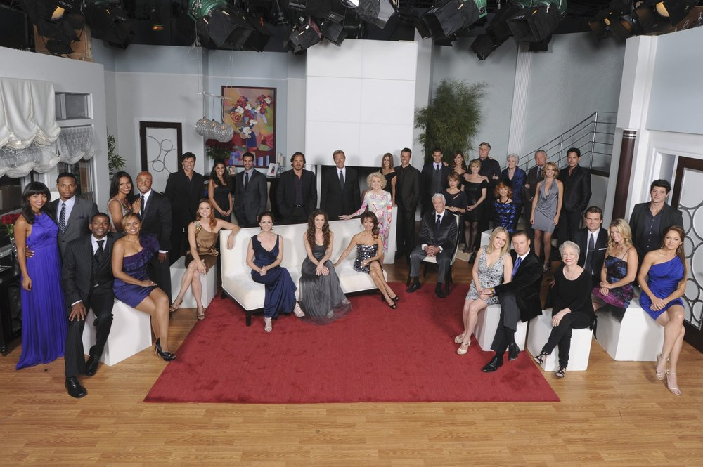With the cast of  All My Children  for the final cast photo (2011)