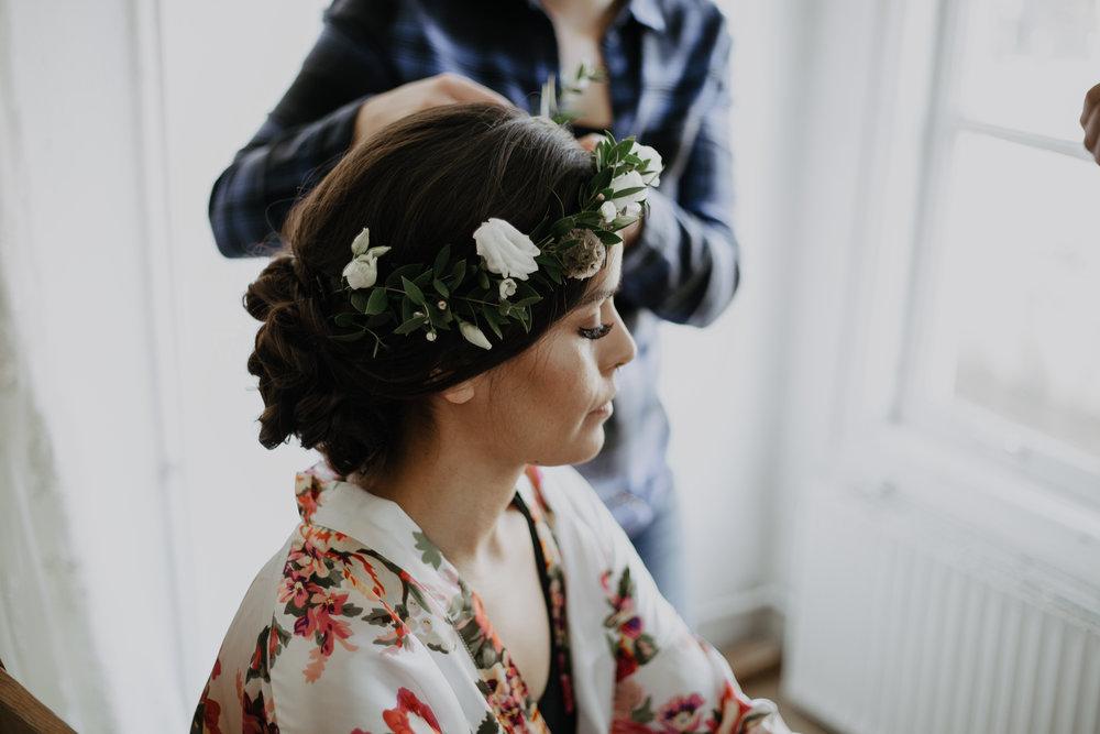 Natural simple flower crown