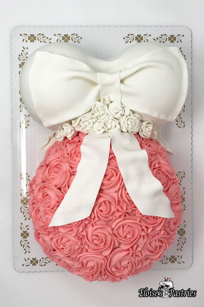 Baby Bump Baby Shower Cake