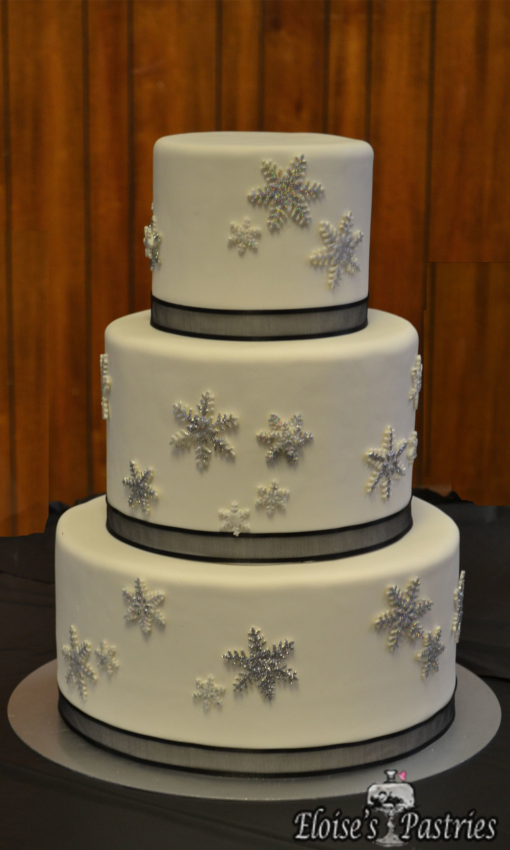 Winter's Snowflake Cake