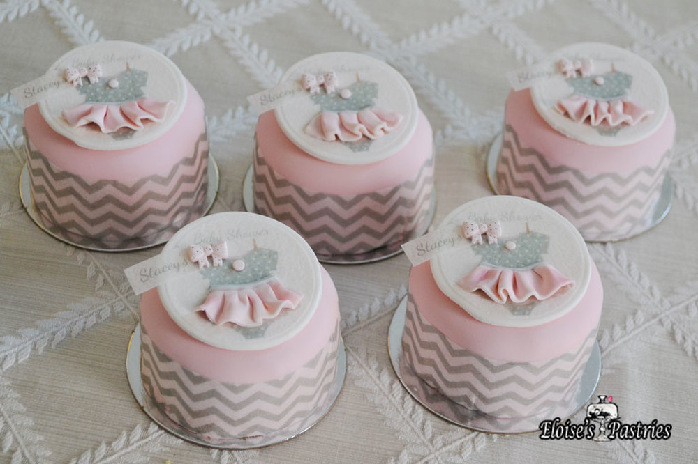 Minature Baby Shower Cakelettes
