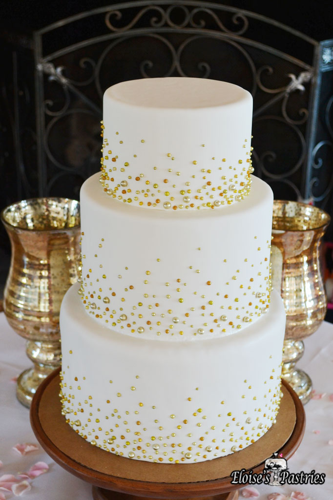 Champagne Bubbly Cake