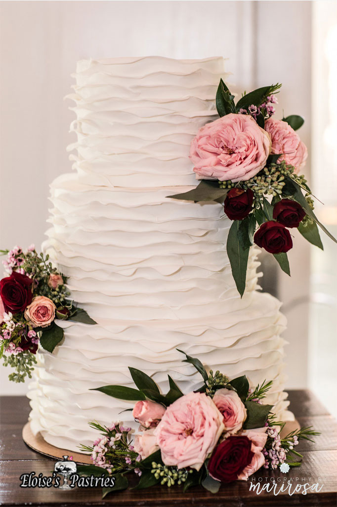 Delicate Ruffles Wedding Cake