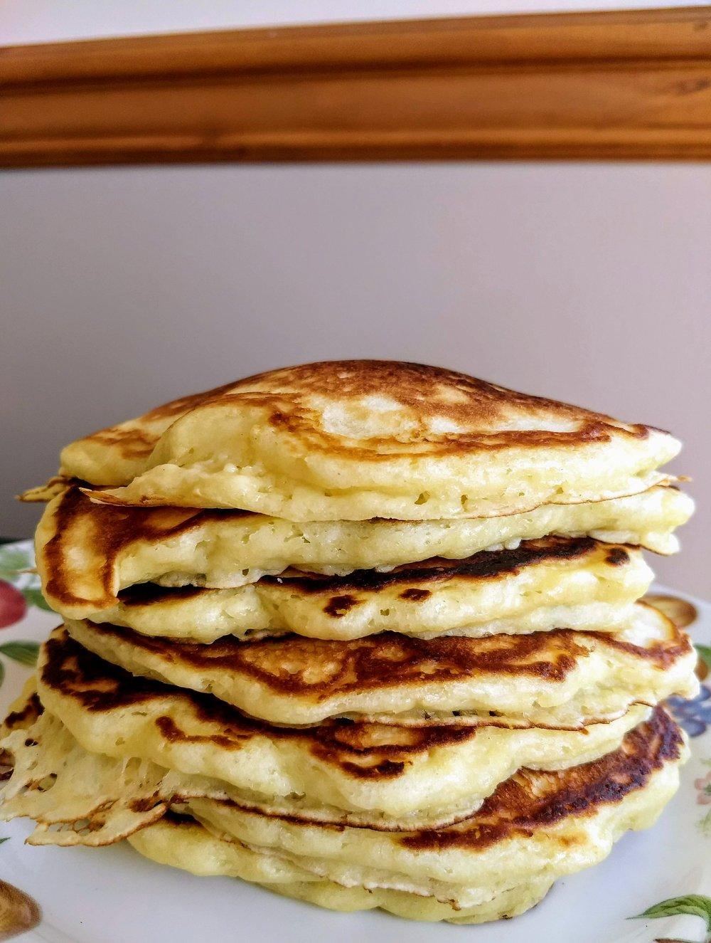 beneaththecrust.buttermilk.pancakes