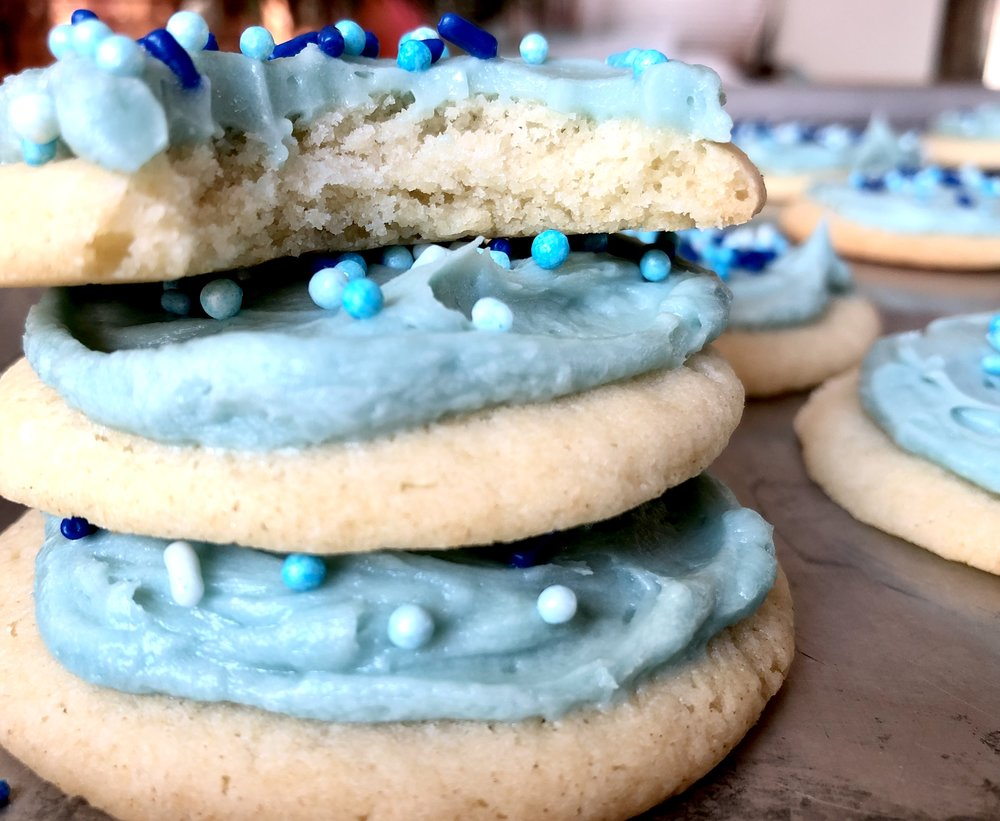Lofthouse-style sugar cookie--Beneath the Crust