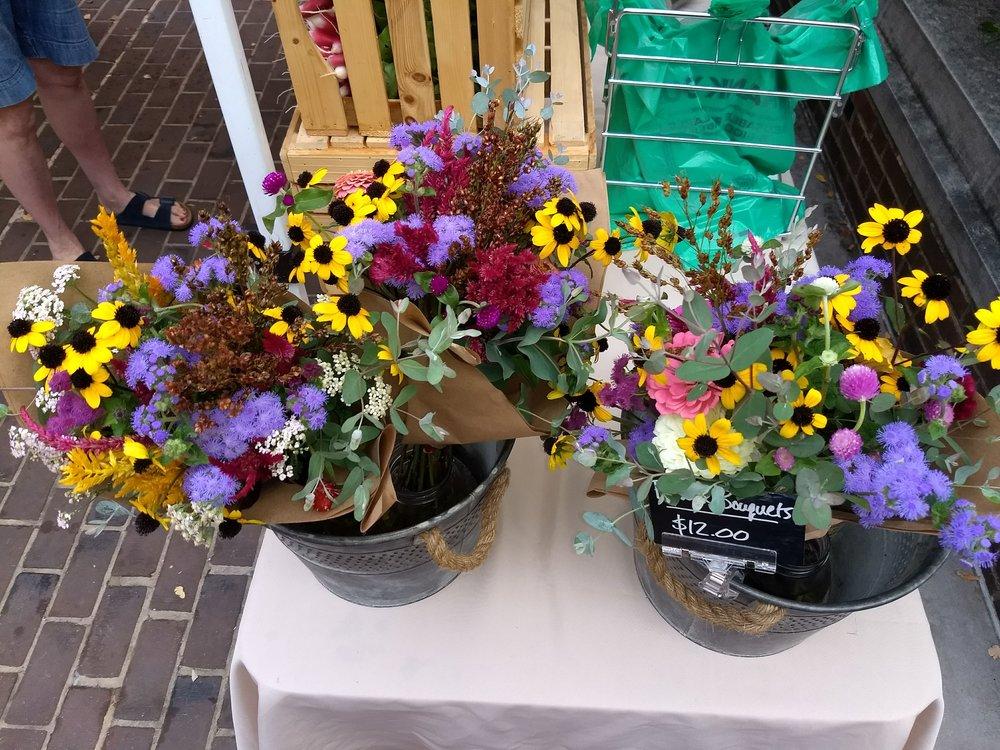 Mamanonna's flowers!