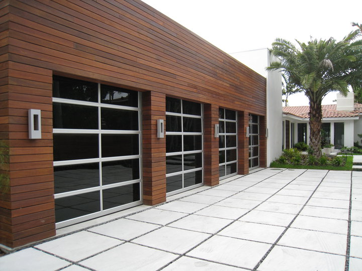 Insulated Low E Glass Garage Door