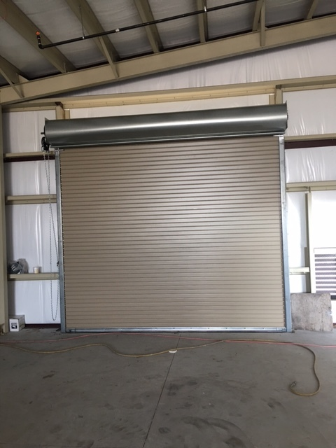 Chain roll up door