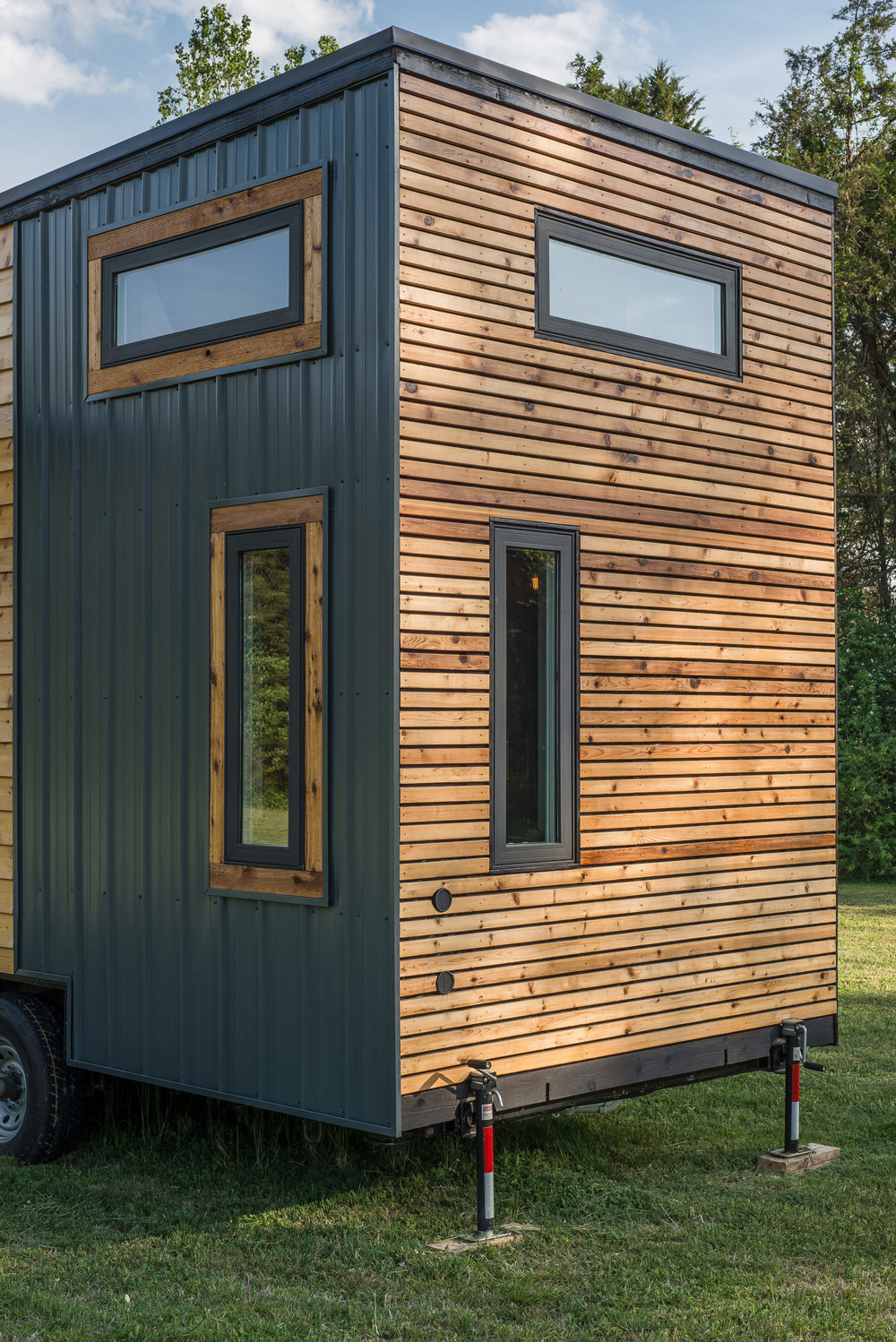 escher tiny house new frontier tiny homes. Black Bedroom Furniture Sets. Home Design Ideas