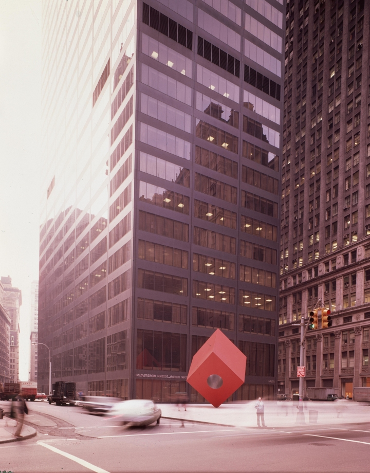 https://hyperallergic.com/424346/proposed-140-broadway-plan-threatens-noguchis-red-cube/