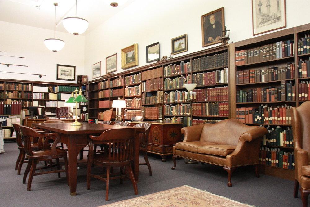 https://hyperallergic.com/435236/314-rare-books-stolen-from-pittsburghs-carnegie-library/