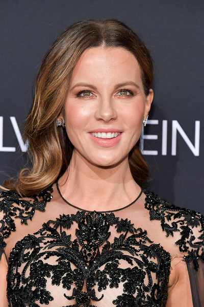 Kate Beckinsale • Deco Earring
