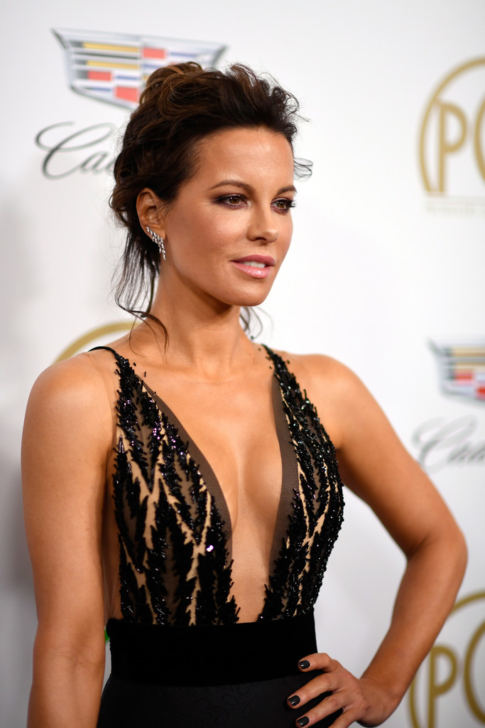 Kate Beckinsale • Grace Earrings