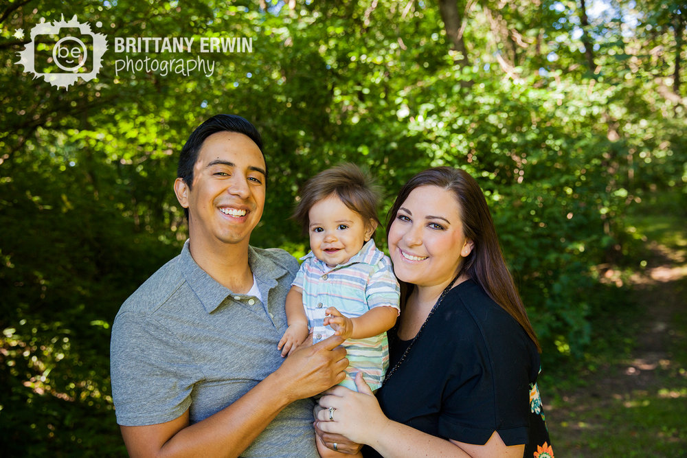 Family-portrait-photographer-group-mother-father-first-birthday.jpg