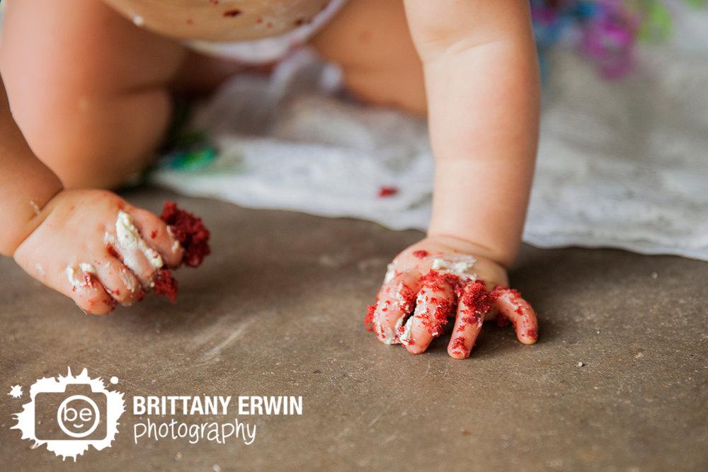 Indianapolis-studio-photographer-cake-smash-baby-crawling.jpg