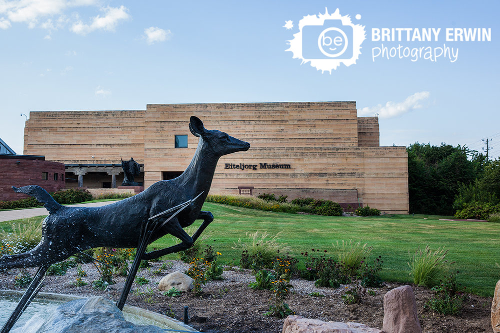 Indianapolis-EIteljorg-Museum-event-photographer-venue-deer-fountain-summer-urban-downtown.jpg