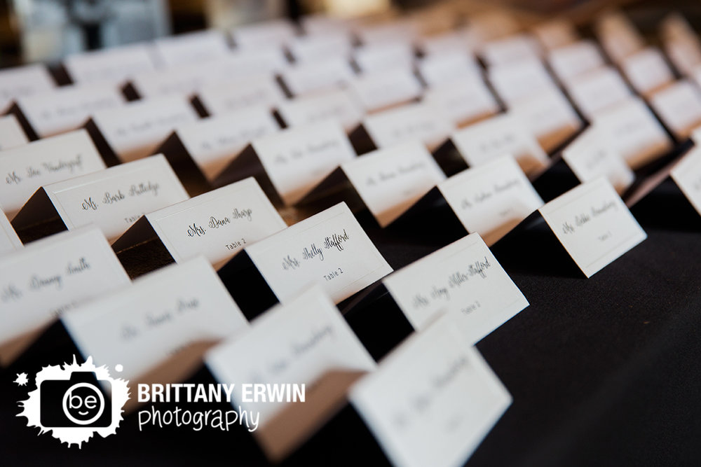 Indianapolis-wedding-photographer-place-card-display-Hillcrest-Country-Club.jpg