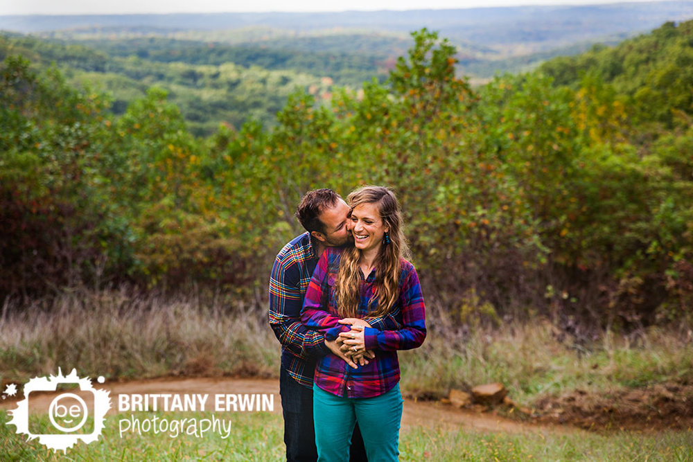 Brown-County-Nashville-Indiana-park-anniversary-portrait-photographer-cheek-kiss-Brittany-Erwin-Photography.jpg