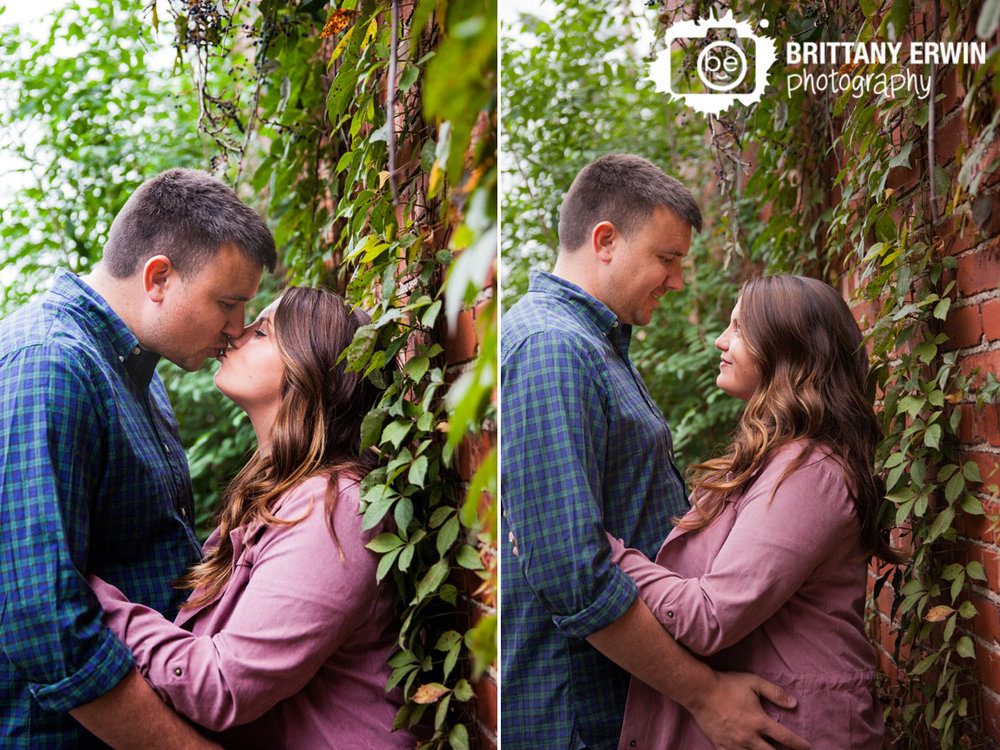 Broad-Ripple-engagement-portrait-vine-covered-wall-Brittany-Erwin-Photography.jpg